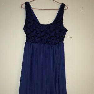 Dresses & Skirts - Elegant Blue Dress With Diamond Neckline
